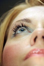 Klares sehen nach Augenoperation